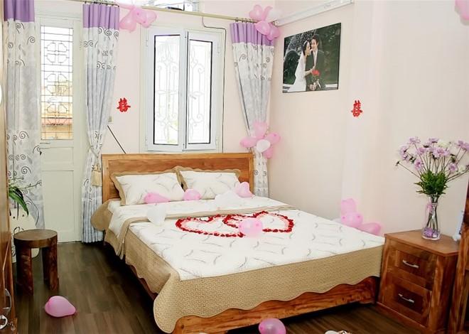trang trí phòng cưới
